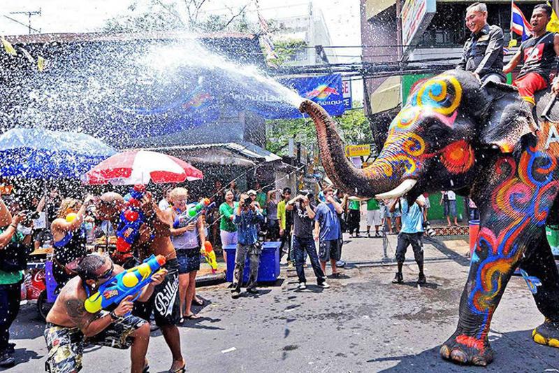 Lễ hội té nước (Songkran)