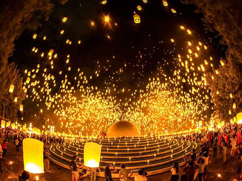 Lễ hội thả đèn trời (lễ hội Yee-Peng)