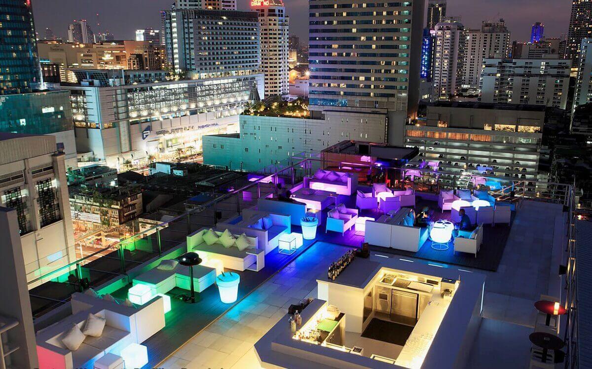 Baiyoke Sky Rooftop Bar