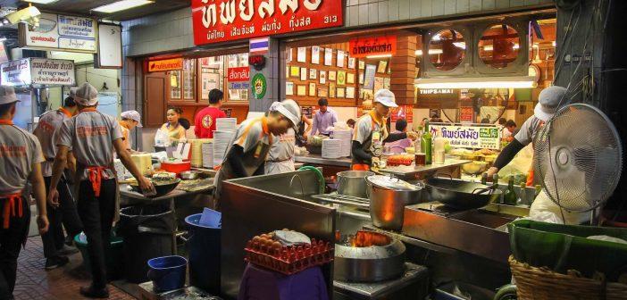 Review từ A-Z du lịch tự túc Bangkok: ăn gì? ở đâu? chơi gì?