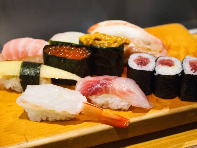 món ngon sushi
