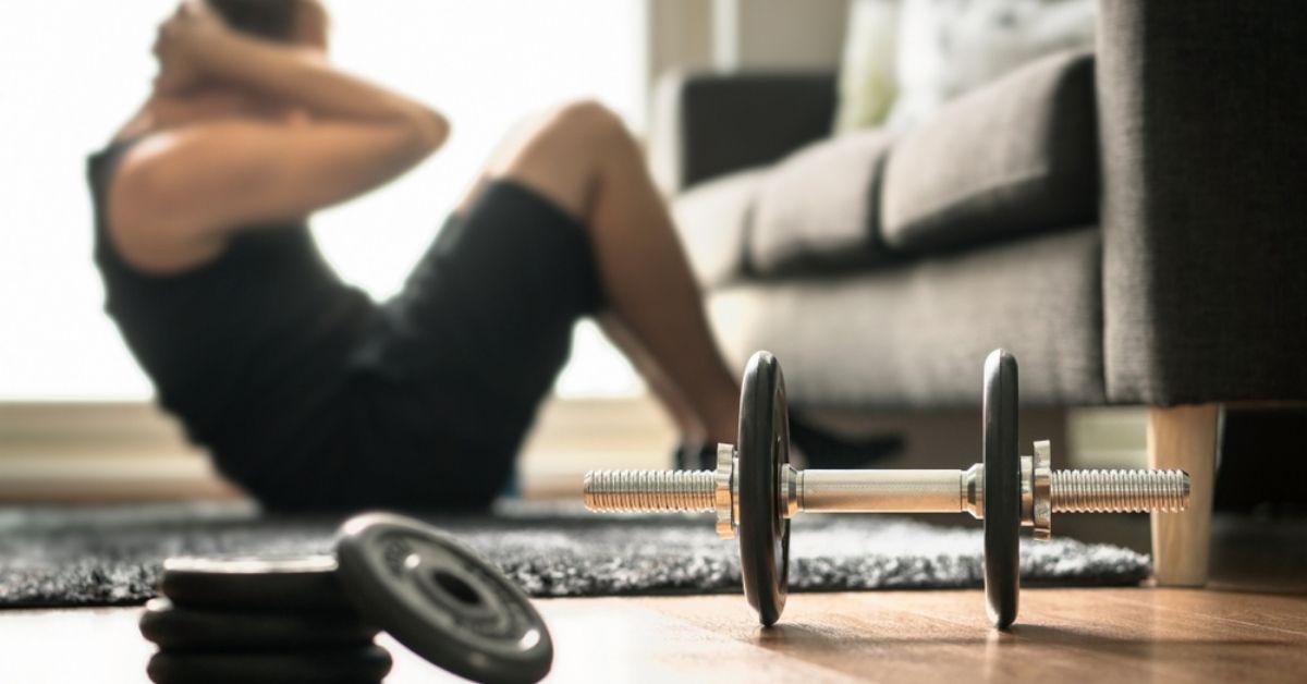 Giữ body đẹp bằng những bài tập gym tại nhà thời kì đại dịch Covid-19