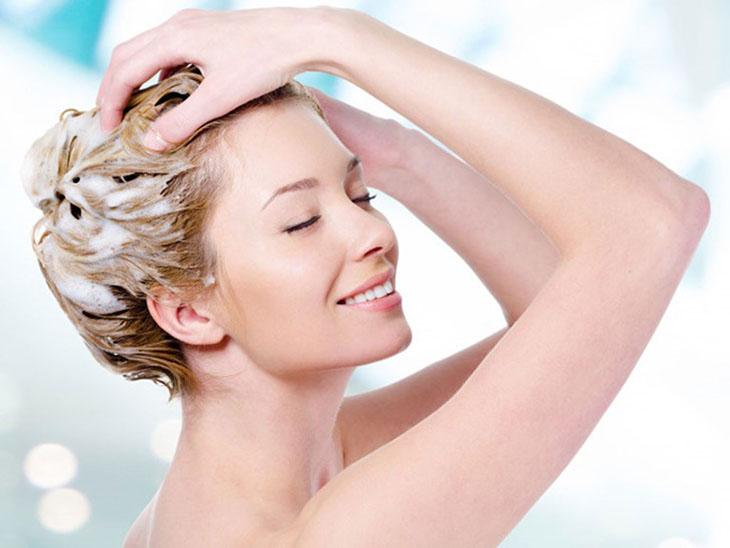chăm sóc tóc dài suôn mượt