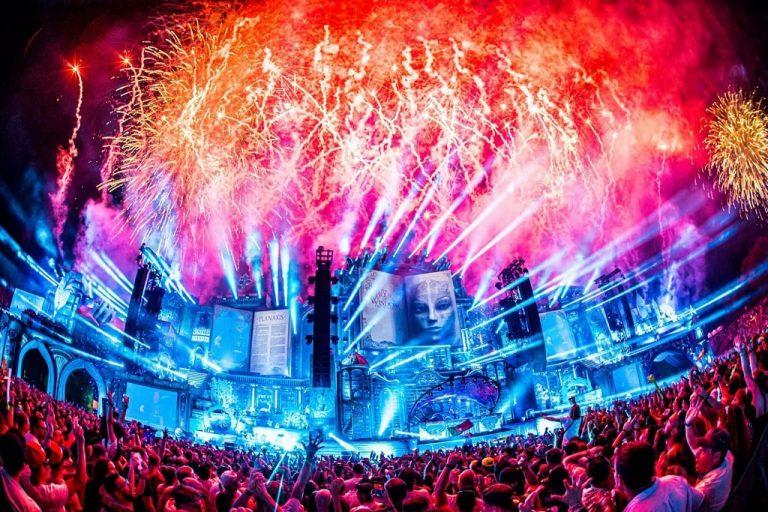 Tất tần tật thông tin về Tomorrowland bạn cần biết nếu muốn tham gia.